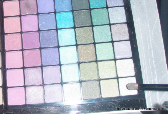 eyeshadow palette purple