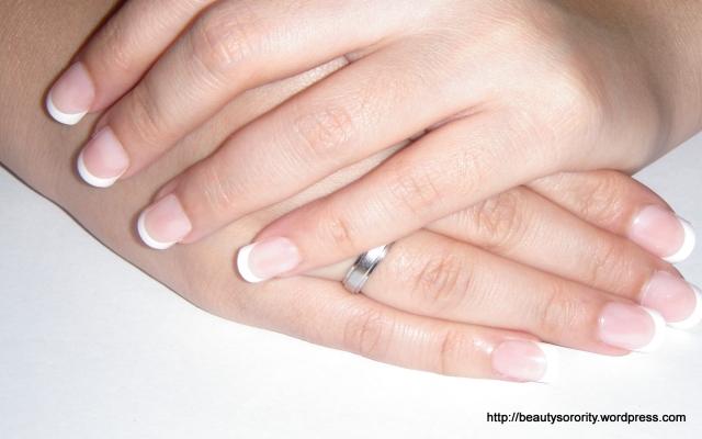 Revlon artificial nails