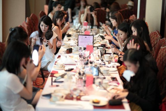 bebe poshe bloggers event - makeover contest