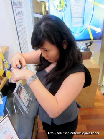 kristen beauty sorority kiehl's bloggers' challenge picking out prizes