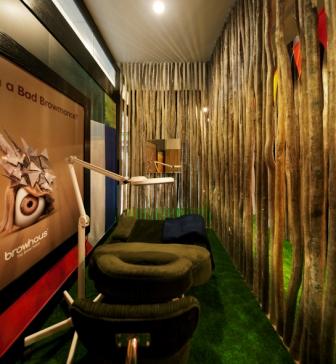 Browhaus Log Cabin