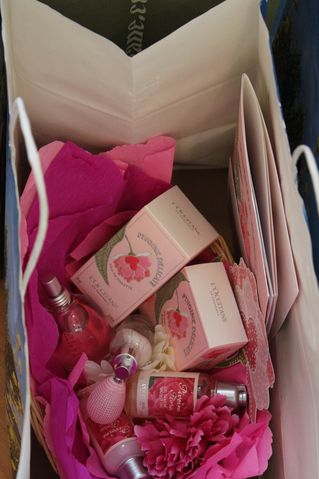press gifts from l'occitane