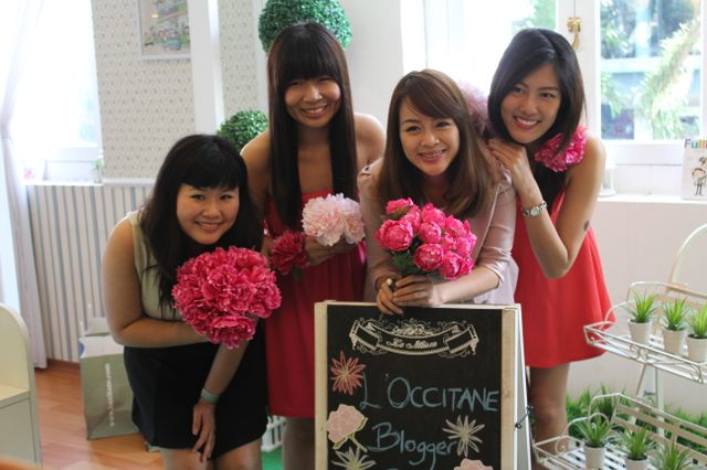 bloggers at l'occitane event - kristen juliet, patricia, yina and valerie
