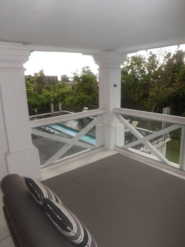 amara sanctuary larkhill terrace balcony and daybed 2