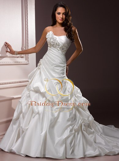 bridal gown with bubble skirt
